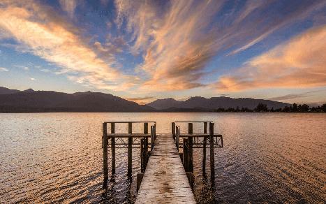 Beautiful Lake Te Anau from the Yacht Club